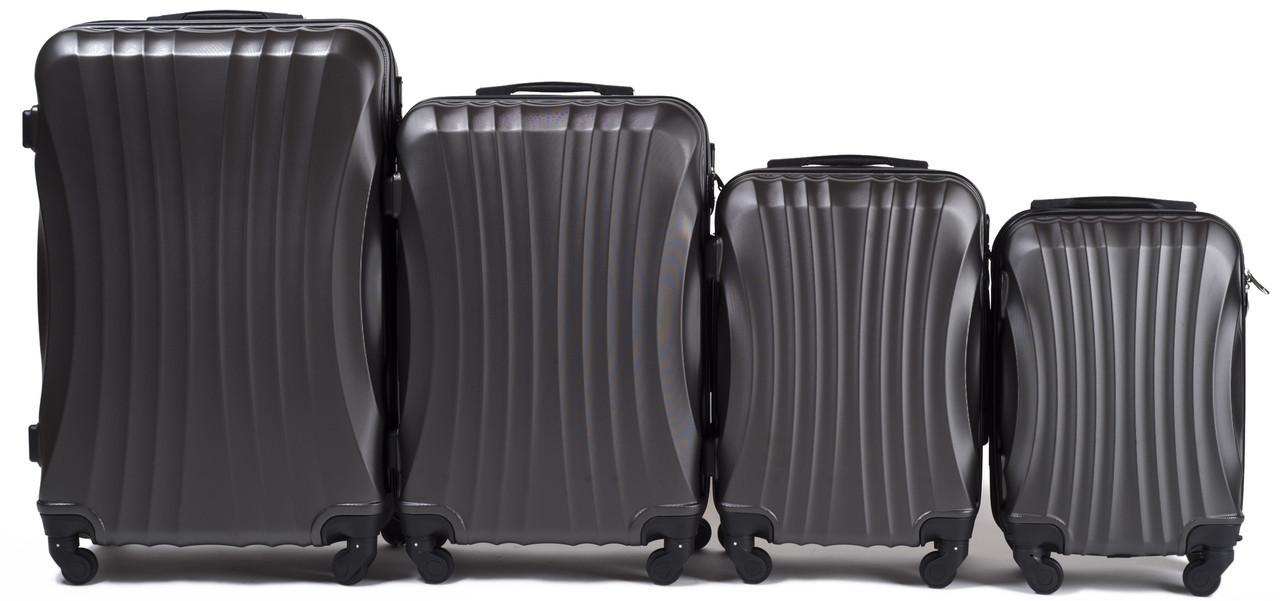 Набор чемоданов 4 штуки в 1 Wings 159 на 4 колесах Темно-серый