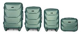 Набор чемоданов 4 штуки в 1 Fly К147 на 4 колесах Изумрудный