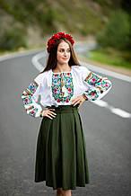 Біла жіноча вишита блуза із багатою вишивкою на грудях та рукавах «Борщівський візерунок»