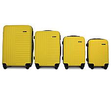 Набор чемоданов 4 штуки в 1 Fly 1096 на 4 колесах Желтый