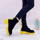 Женские ботинки ДЕМИ черные с желтым на шнуровке эко замша, фото 2
