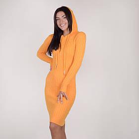 Трикотажное платье в косичку с капюшоном в 4 цветах в размере 40-46