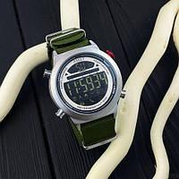 Оригинальные мужские наручные часы AMST 3017 Silver-White-Green Wristband
