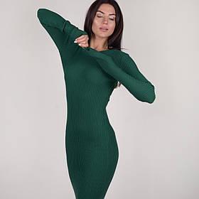 Приталенное платье в рубчик до колена с круглой горловиной в 5 цветах в универсальном размере 40-46