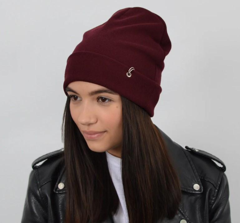 Молодежная трикотажная шапка Nord пирсинг кольца, бордовая