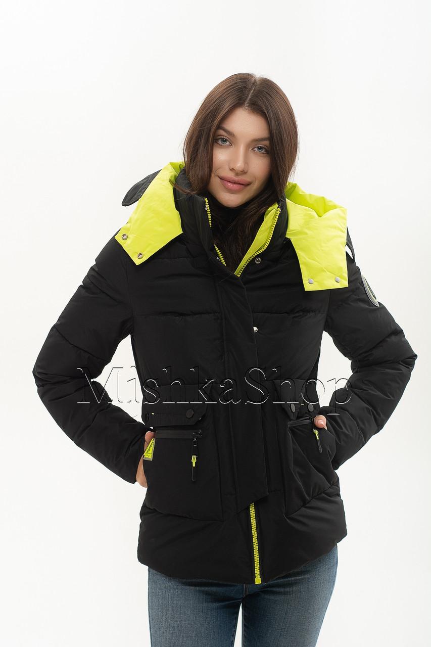 Короткий женский пуховик куртка Peercat 20-922 чёрного цвета