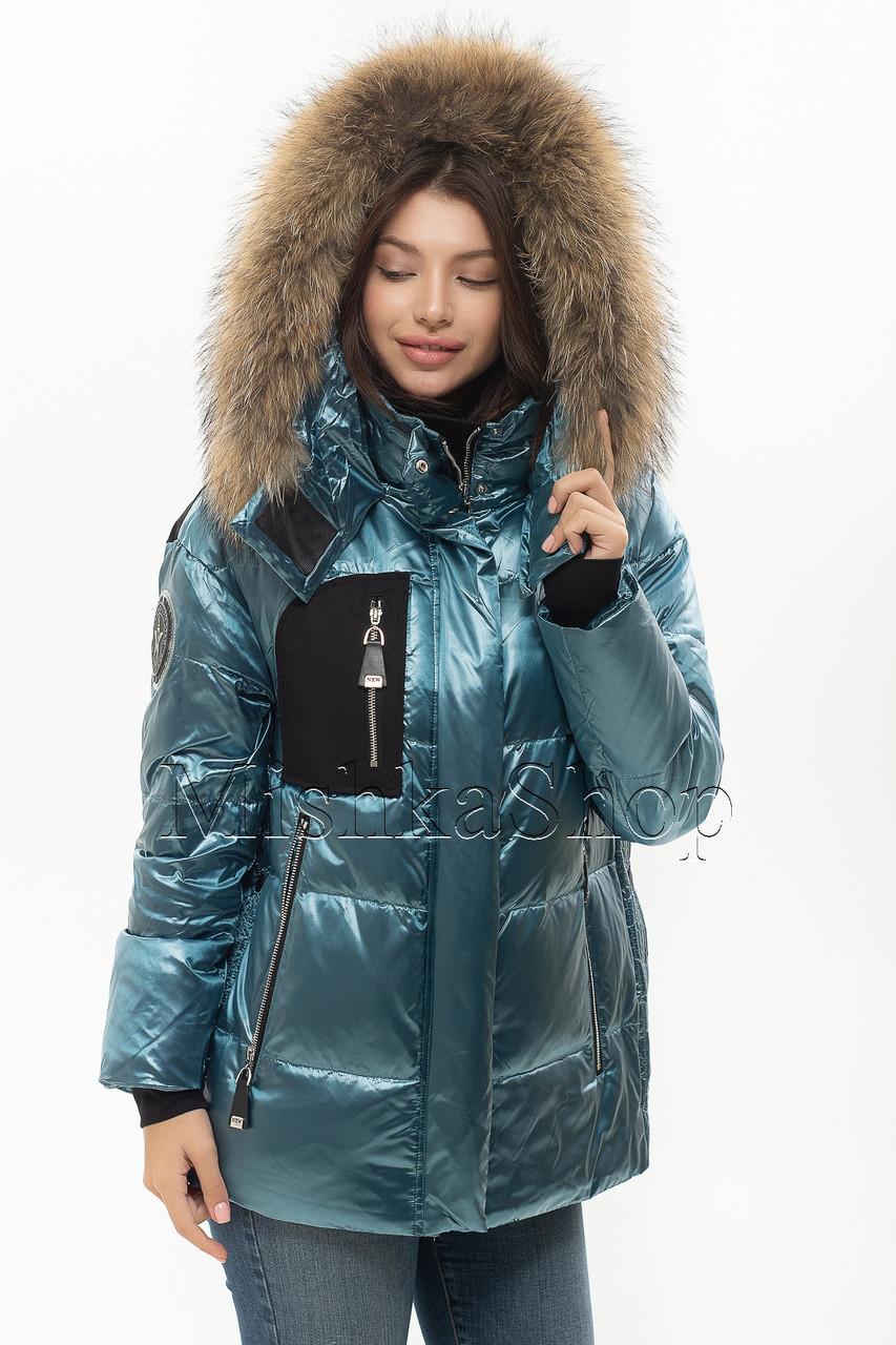 Модный пуховик с натуральным мехом енота Vo-tarun Y021-105 голубого цвета