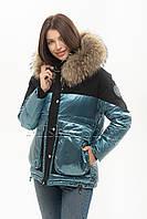 Стильный тёплый пуховик с натуральным мехом енота Vo-tarun Y021-123 голубого цвета, фото 1