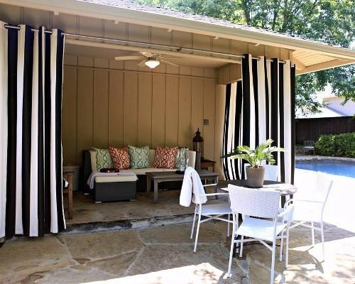 .шторы для веранды и террасы под заказ из маркизной ткани с 10-летней гарантией. Цены от 15 до 27 евро за кв.м с работой.