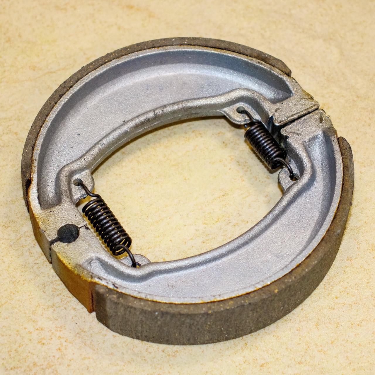 LX200GY-3 Pruss  Колодки тормозные задние, барабан D=130, Loncin - 290940061-0001