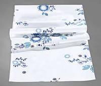 Дорожка на стол в голубые цветы
