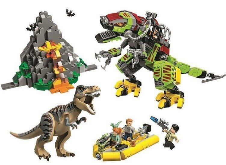 Конструктор 11337 Динозавры Бой тираннозавра и робота динозавра, 740 дет