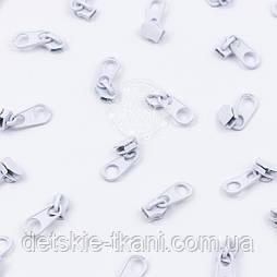 Бігунок металевий стандартний для рулонної блискавки Т3, колір - білий