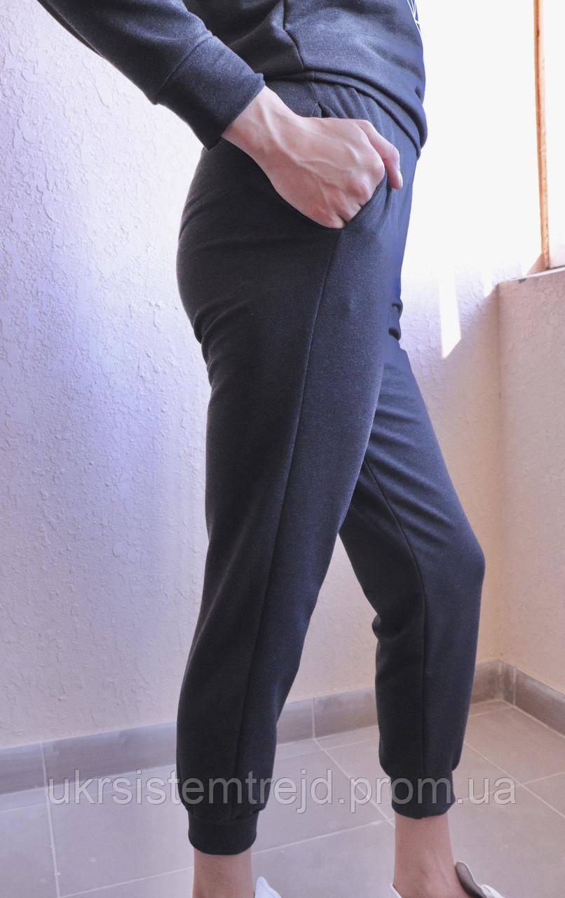 Легкие женские штаны.