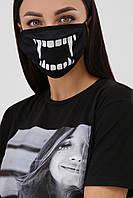 Защитная многоразовая тканевая маска черная принт клыки