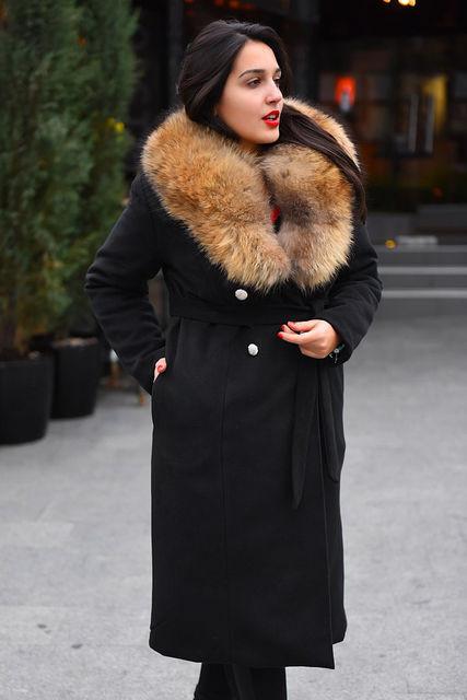 Женское утепленное пальто с натуральным мехом  БАТАЛ