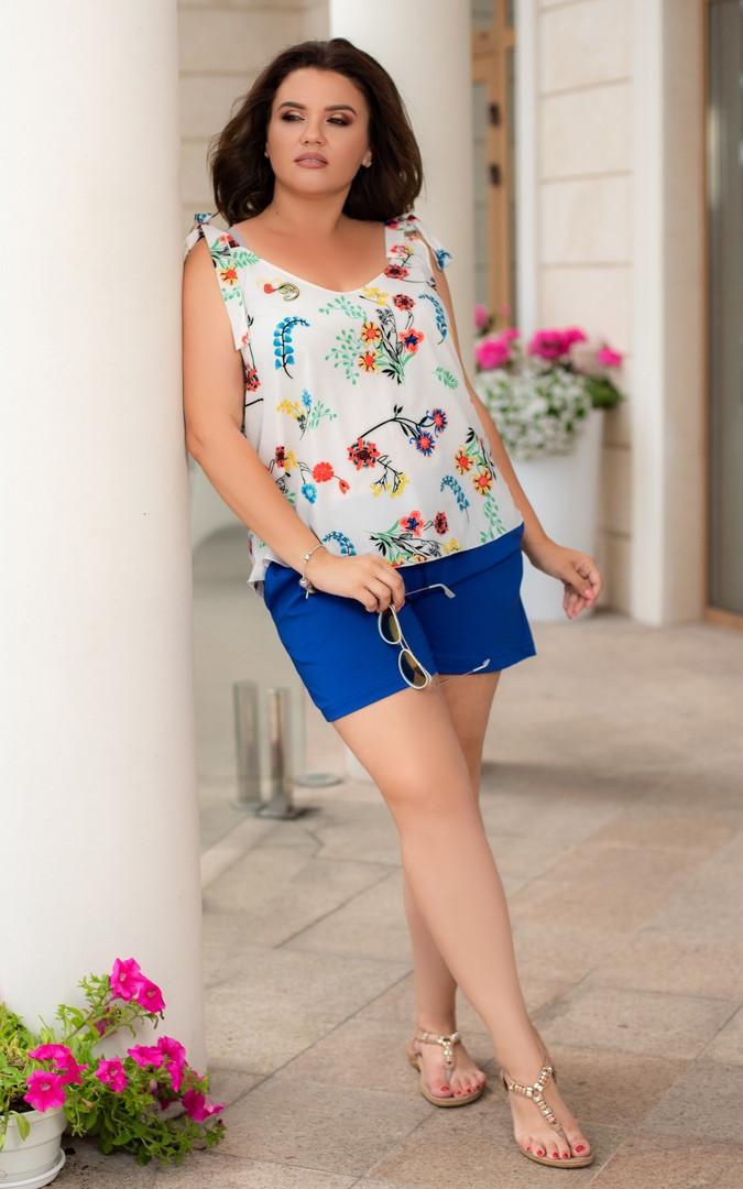 Костюм женский летний с шортами софт Большого размера по 64 р Белый