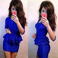 Офисное платье с двойной баской