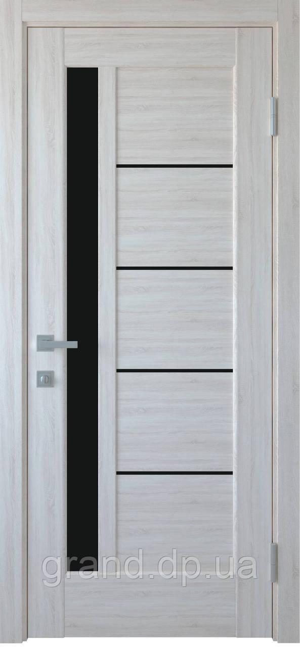 Межкомнатные двери Новый Стиль Грета ПВХ DeLuxe с черным стеклом цвет Ясень new