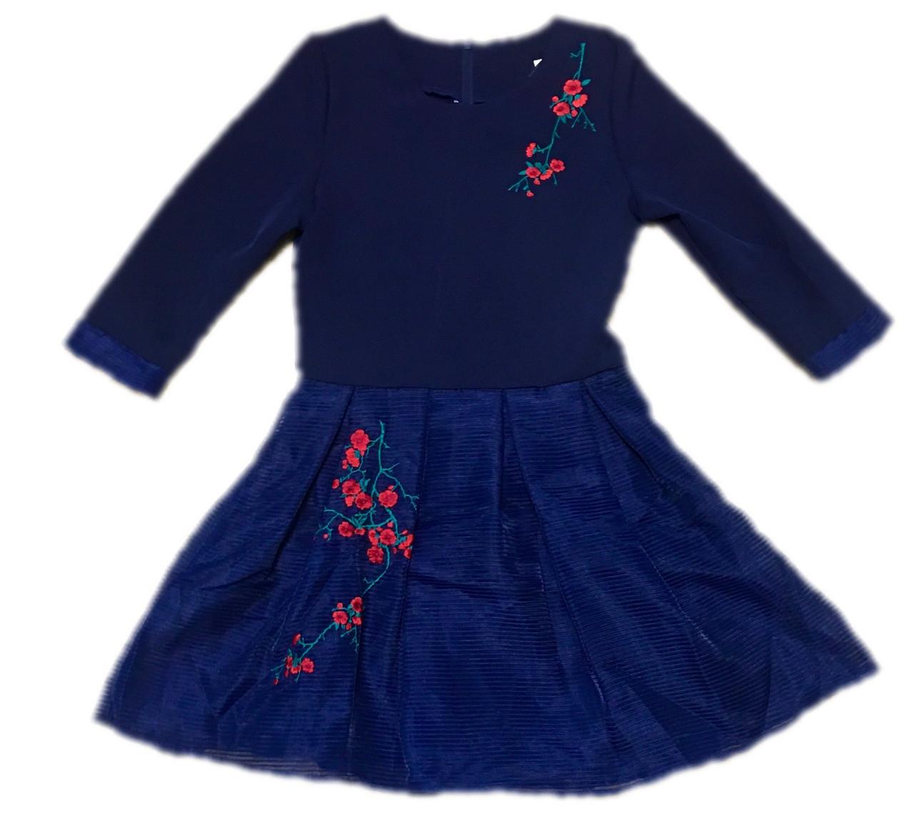 Стильное платье детское для девочки в вышивкой, 146см