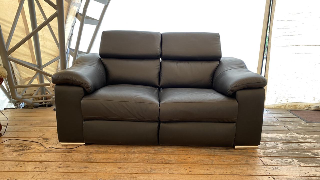 Кожаный диван двухместный из кожи, реклайнер. Германия