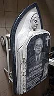 Памятник из гранита с Богородицей, фото 1