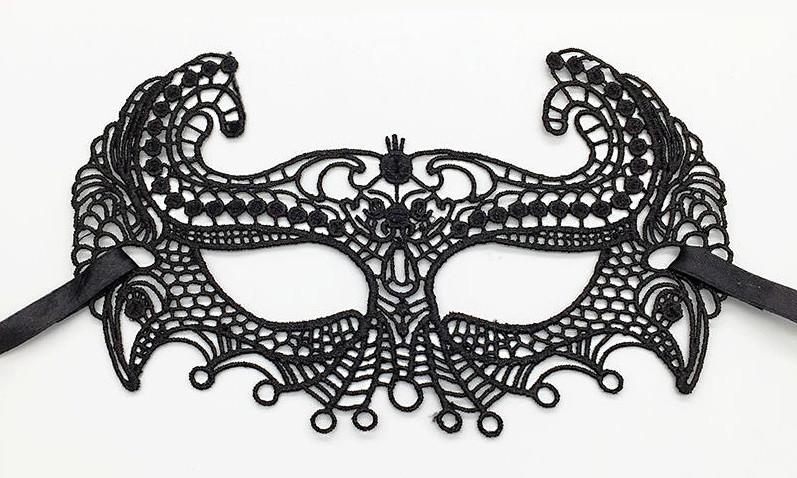 Маска кружевная, карнавальная черная 19