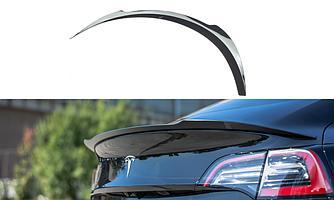 Спойлер Tesla Model 3 сабля на багажник