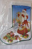 Сшитая заготовка для вышивки бисером на атласе новогоднего сапожка С 4