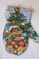 Сшитая заготовка для вышивки бисером на атласе новогодней РУКАВИЧКИ Р3