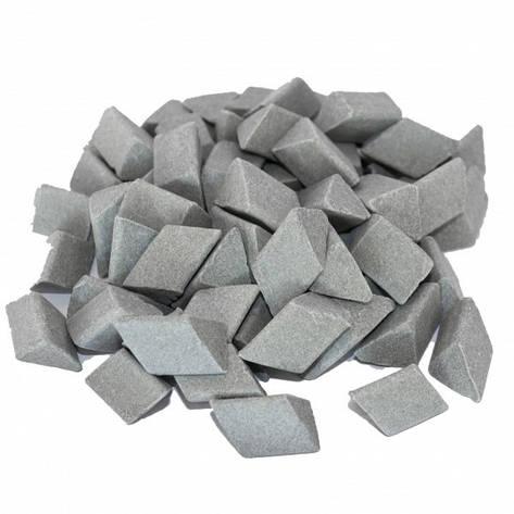 Галтовочные тела (наполнитель для галтовки) керамический скошенный треугольник №15 15х18 мм (RXX 15/18 S), фото 2