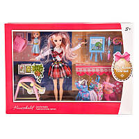 Кукла, с нарядами и аксессуарами, в коробке