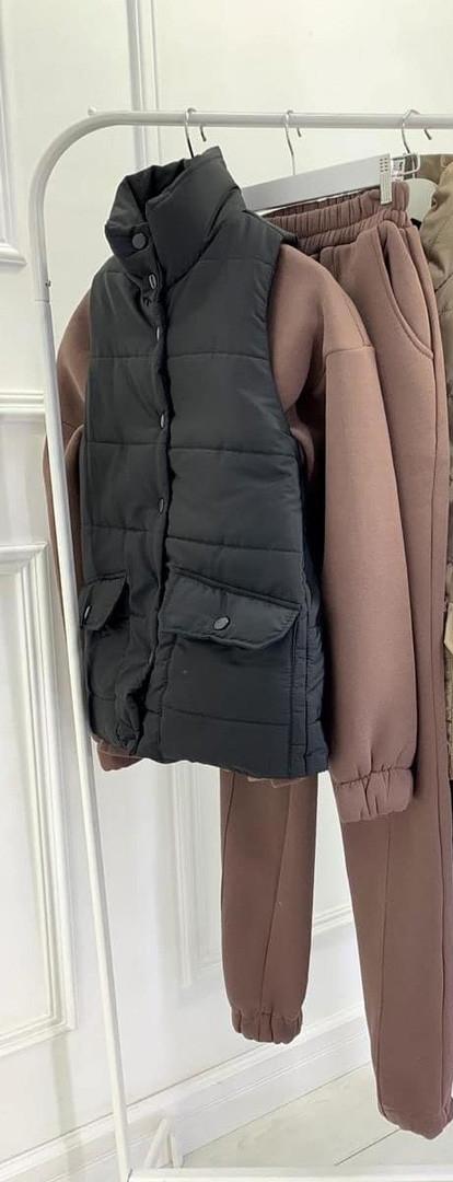 Женская жилетка, плащёвка Канада + синтепон 200 + подкладка, р-р 42; 44-46 (чёрный)