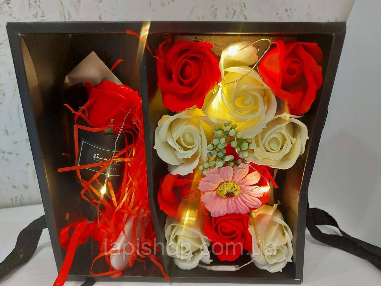 Подарочный набор мыла в виде роз XY19-80 c Розой