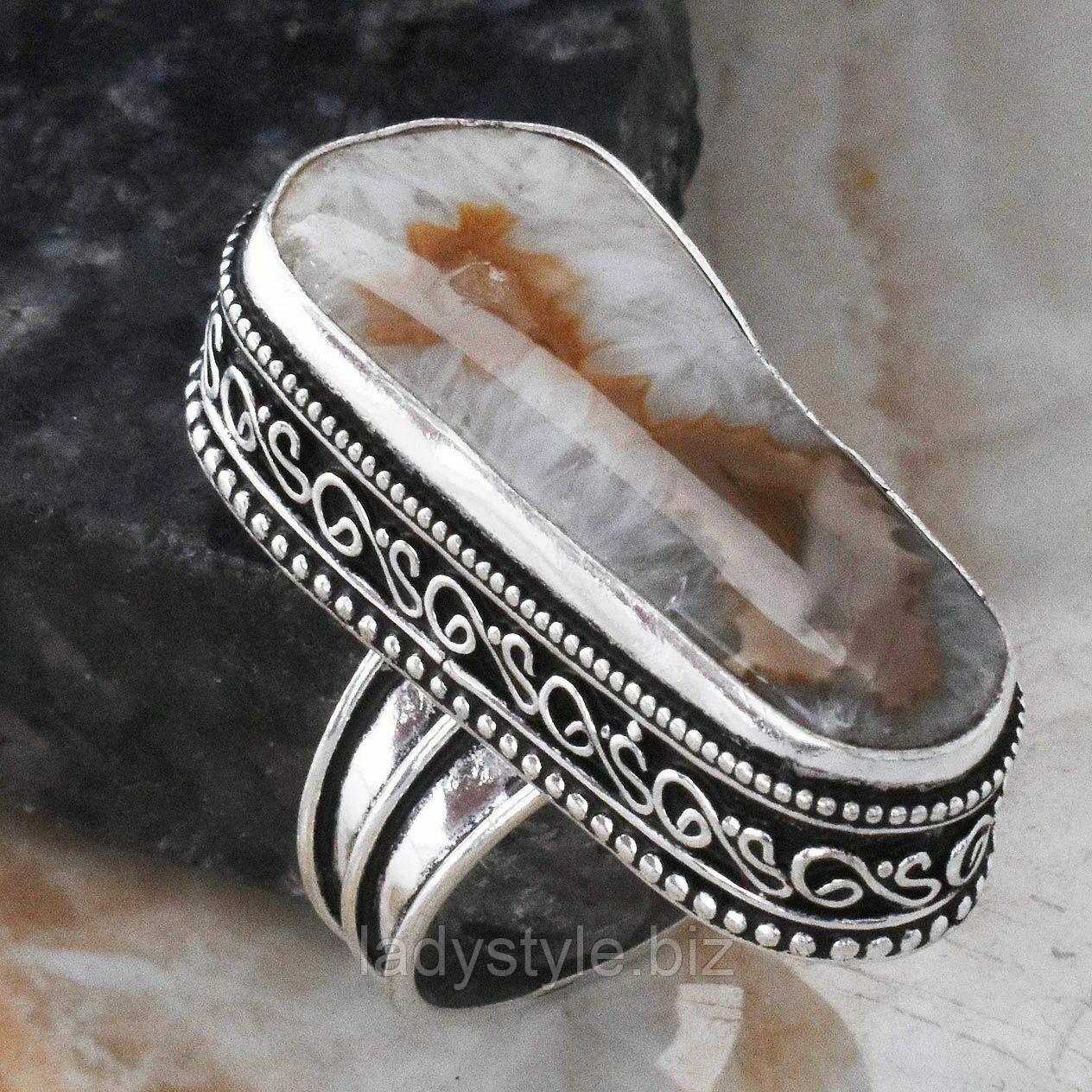 """Серебряное кольцо с друзой  агатом  """"Перышки"""", размер 18.7"""