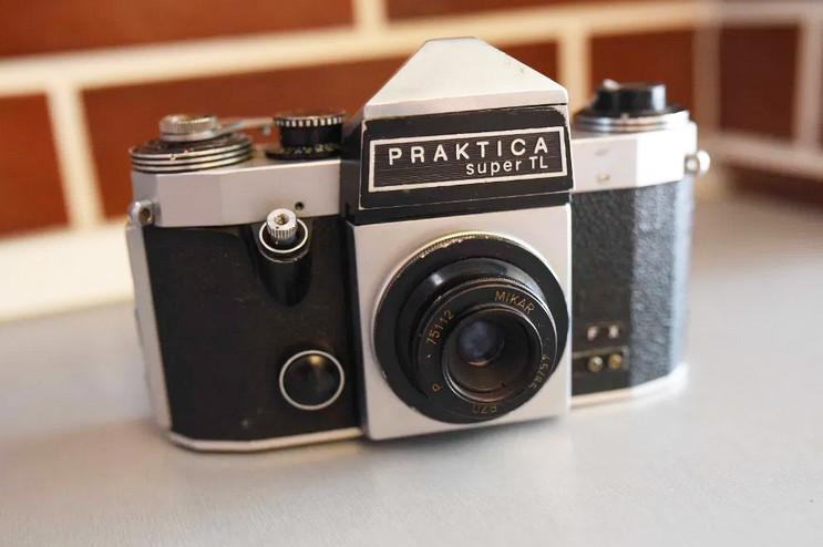Б/У Пленочный зеркальный фотоаппарат Praktica Super TL (Германия), не срабатывает затвор