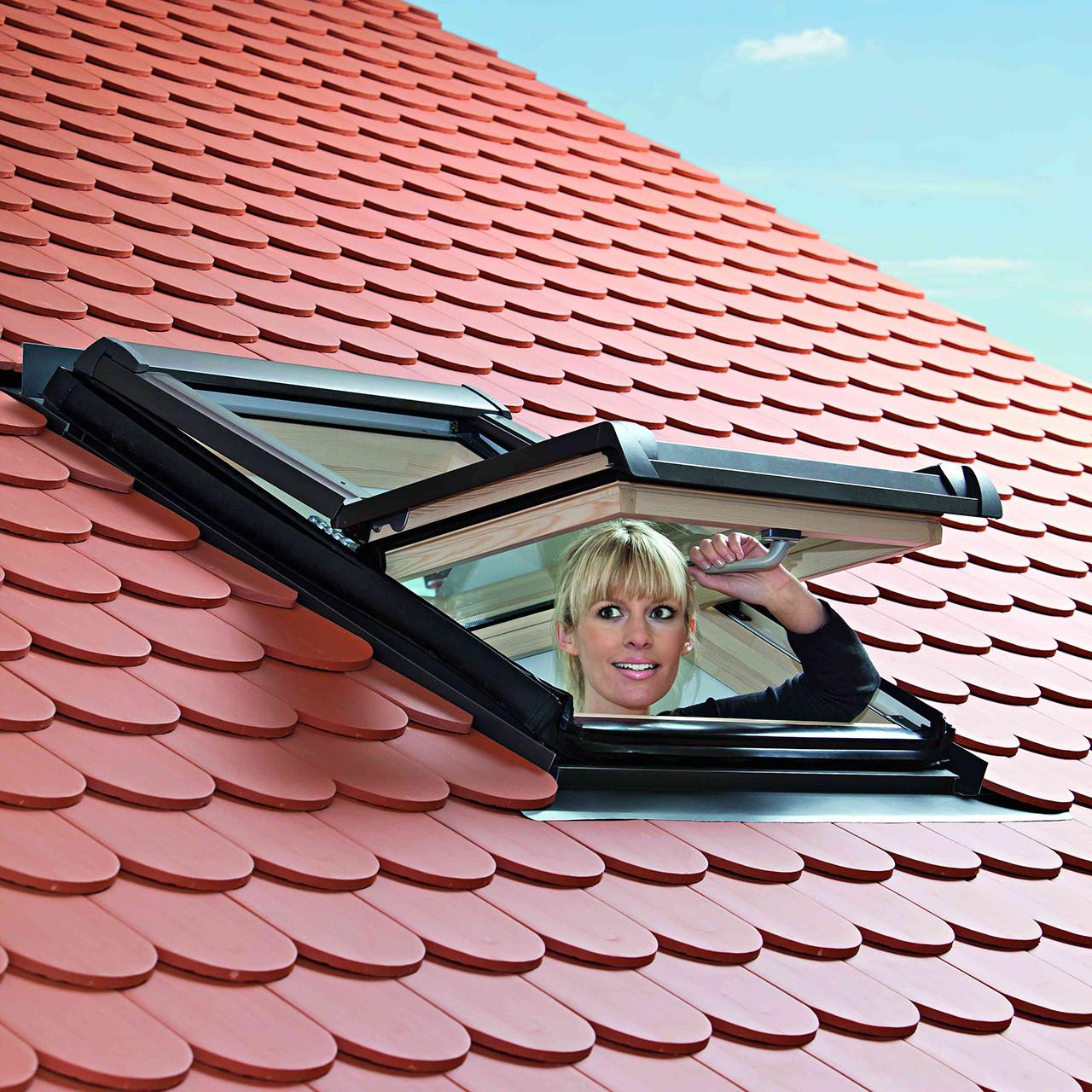 Центрально-поворотное окно Designo R4 - R48A