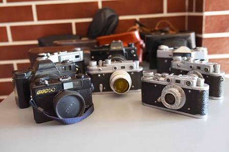 Б/У Пленочный фотоаппарат Зоркий Индустар 22 в чехле, небольшие потертости, шторка работает, фото 2