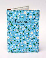 "Обложка на паспорт ""Цветочки на голубом фоне"""