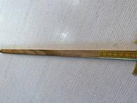 Топірець-бартка сувенірна дерев'яна декорована латюнню довжина 60 см