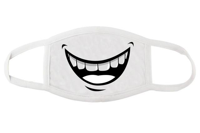 Стильная маска для лица с улыбкой