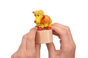 Іграшка Goki натисни і тряси Собачка (53959G-4), фото 2