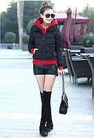 Короткая куртка с контрастным вязанным капюшоном осень зима