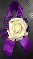 Бутоньерка роза для жениха, гостей, свидетелей фиолетовая