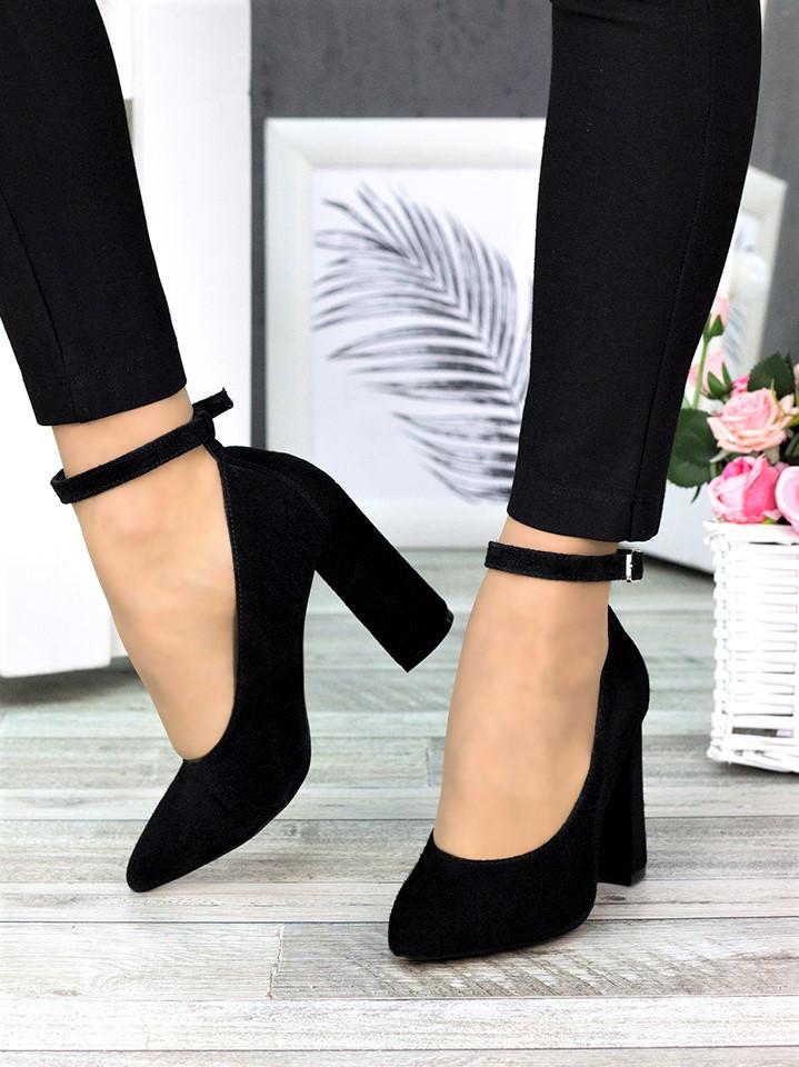 Класичні туфлі з ремінцем черн. замша 7369-28