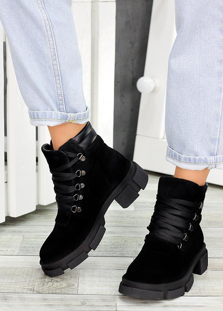 Ботинки трапперы черная замша 7502-28