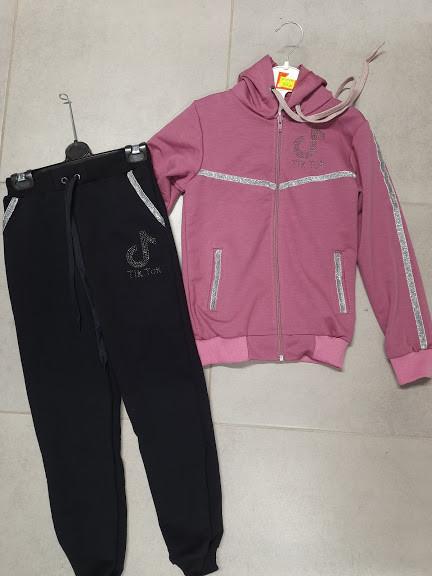 Спортивні костюми для дівчаток тік ток  на вік 4 та 5 років