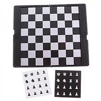 Настольная игра Шахматы мини магнит Chess (wallet design)