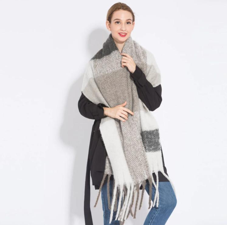 Жіночий великий теплий шарф - Сірий