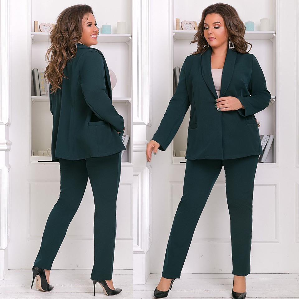 Деловой женский брючный костюм: классический пиджак и штаны, батал большие размеры